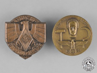 Germany. A Grouping of Two Badges
