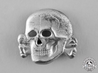 Germany, SS. A Second Pattern (1934-1945) Visor Skull by Overhoff & Cie, Lüdenscheid