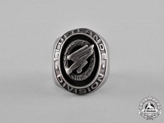 Germany, Luftwaffe. A Fine Large Paratrooper's Ring