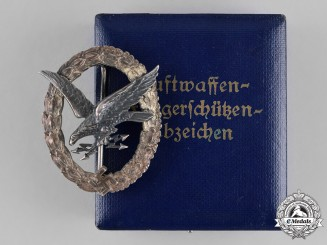 "Germany, Luftwaffe. An Early Radio Operator & A/G Badge, ""Thin Wreath"", marked ""CEJ"""