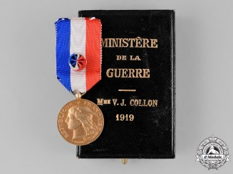 France, Republic. A Minister of War Honour Medal, 1st Class in Gold