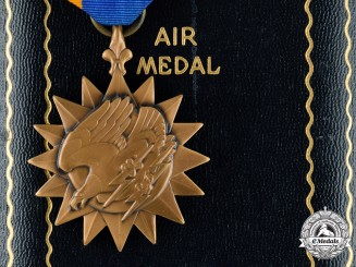 United States. An Air Medal to Staff Sergeant Lewis J. Huffaker, 17th Tactical Reconnaissance Squadron, 5th Air Force