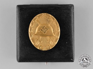 Germany. A Cased Wound Badge, Gold Grade, by the Official Vienna Mint