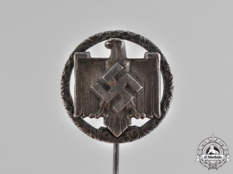 Germany. A League of the Reich for Physical Exercise Proficiency Badge