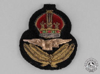 Canada. A Royal Canadian Air Force (RCAF) Officer's Cap Badge, c.1941