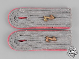 Germany, Heer. A Set of 7th Panzer Division Leutnant's Shoulder Boards