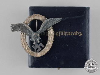 Germany, Luftwaffe. A Pilot Badge, Type I, by C.E. Juncker with Case