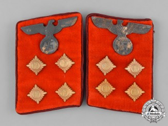 Germany, NSDAP. A Pair of Gau-Level NSDAP Gemeinschaftsleiter Collar Tabs