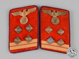 Germany, NSDAP. A Set of Gau-Level NSDAP Obergemeinschaftsleiter Collar Tabs
