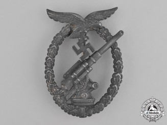 Germany, Luftwaffe. An Anti-Aircraft Flak Battle Badge by Gebrüder Wegerhoff