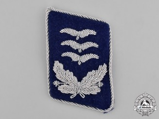Germany, Luftwaffe. A Luftwaffe Medical Hauptmann's Collar Tab