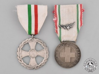 Italy, Republic. Two Medals & Awards
