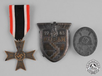 Germany, Wehrmacht. A Lot of Second War Period Wehrmacht Badges