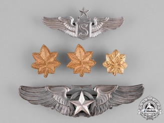 United States. A Lot of United States Army Air Force Badges