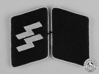 Germany, SS. A Mint Pair of SS-Mann Collar Tabs