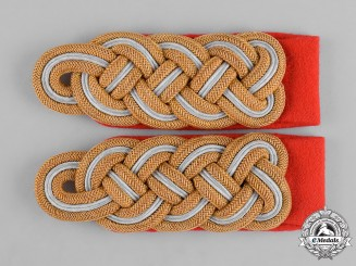 Germany, Heer. A Mint Pair of Heer (Army) Generalmajor Shoulder Boards