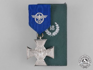 Germany, Ordnungspolizei. A Police 18-Year Long Service Cross with Case