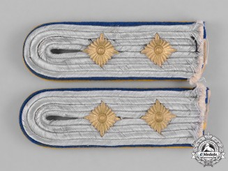 Germany, Luftwaffe. A Pair of Flight Reserve Hauptingemiuer Shoulder Boards