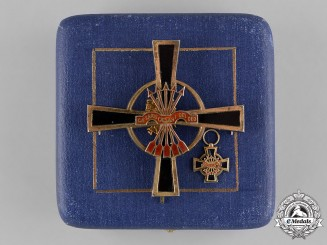 Spain, Franco. An Imperial Order of the Yoke & Arrows, Breast Star with Miniature, by Cejalvo c.1950