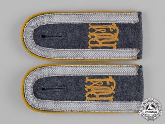 Germany, Luftwaffe. A Pair of Very Rare Ministry of Aviation Flight Detachment Unteroffizier Shoulder Straps