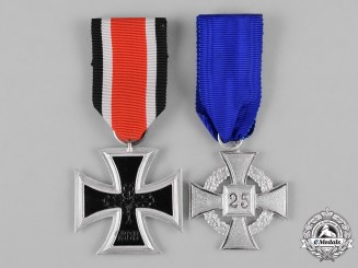 Germany, Federal Republic. A Pair of 1957 Issue Service Medals