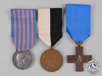 Italy, Kingdom, Republic. A Lot of Three Awards