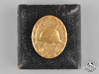 Germany, Wehrmacht. A Cased Gold Grade Wound Badge