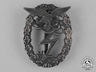 Germany, Luftwaffe. A Ground Assault Badge by Rudolf Karneth & Söhne