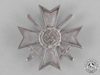 Germany, Wehrmacht. A War Merit Cross, I Class with Swords, by Deschler & Sohn