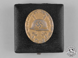 Germany, Wehrmacht. A Wound Badge, Gold Grade, by Eugen Schmidthäussler, with Case