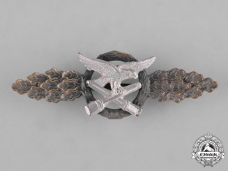 Germany, Luftwaffe. A Bronze Grade Luftwaffe Close Combat Clasp, 1957 Issue