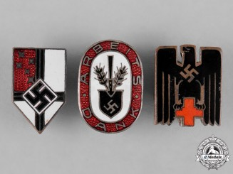 Germany, Third Reich. A Lot of Membership Period Badges