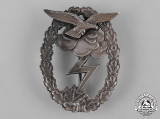 Germany, Luftwaffe. A Ground Assault Badge, Early 1957 Issue