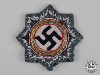 Germany, Wehrmacht. A German Cross in Gold, Cloth Heer Version