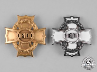 Austria, Imperial. A Pair of War Crosses for Civil Merits