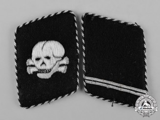 Germany, SS. A Set of SS-Totenkopfverbände Sturmmann II Pattern Collar Tabs