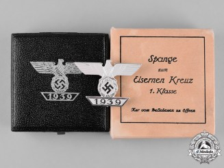 Germany, Wehrmacht. A Cased Clasp to the 1939 Iron Cross I Class, Type A, by B.H. Mayer