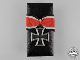 Germany, Wehrmacht. A Cased Knight's Cross of the Iron Cross, 1957 Issue