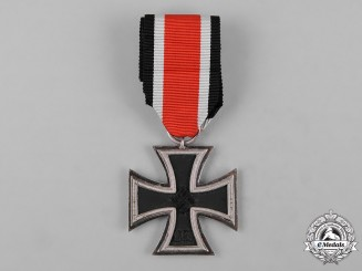 Germany, Wehrmacht. A 1939 Iron Cross II Class by J.E. Hammer & Söhne