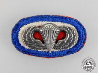 United States. An 82nd Airborne Division Parachutist Badge