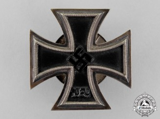Germany. An Iron Cross 1939 First Class by Schauerte & Höfeld; Screw-back Version