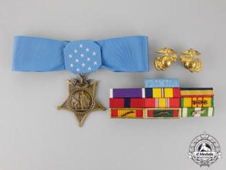 United States. A Vietnam Medal of Honour to Private Austin, KIA  west of Da Nang, Quang Nam Province, 1969