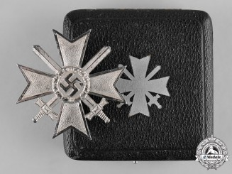 Germany, Wehrmacht. A War Merit Cross, I Class, with Swords in Case