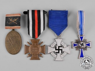 Germany, Third Reich. A Lot of First and Second War Period Medals
