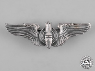 United States. A Second War Army Air Forces Bombardier Badge