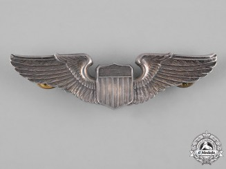 United States. A Second War Army Air Forces Pilot Badge