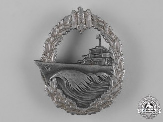 Germany, Kriegsmarine. A Destroyer War Badge by Sohni, Heubach & Co.