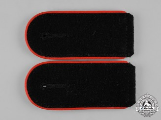 Germany, SS. A Set of Waffen-SS Mann Artillery Shoulder Straps