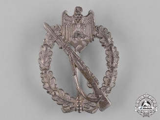 Germany, Wehrmacht. A Infantry Assault Badge in Silver, by Deschler & Sohn