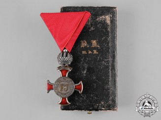 Austria, Imperial. A Merit Cross in Silver with Crown, Cased